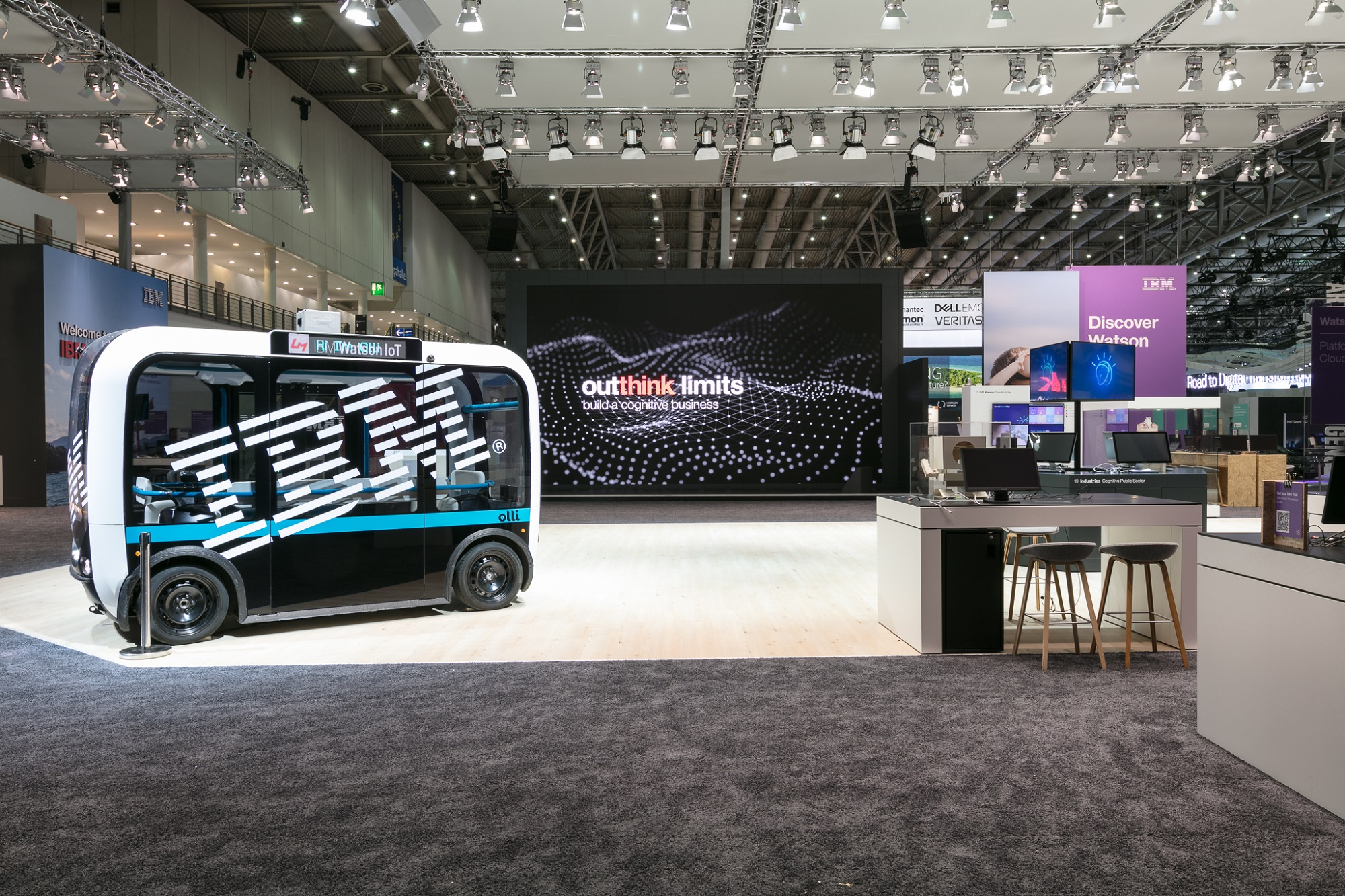 IBM-CeBIT-2017-Architektur-7732.jpg