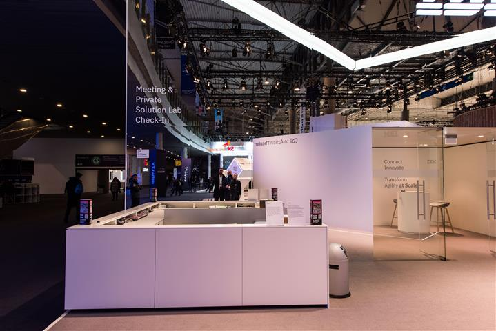 IBM-MobileWorldCongress-10 (Small).jpg