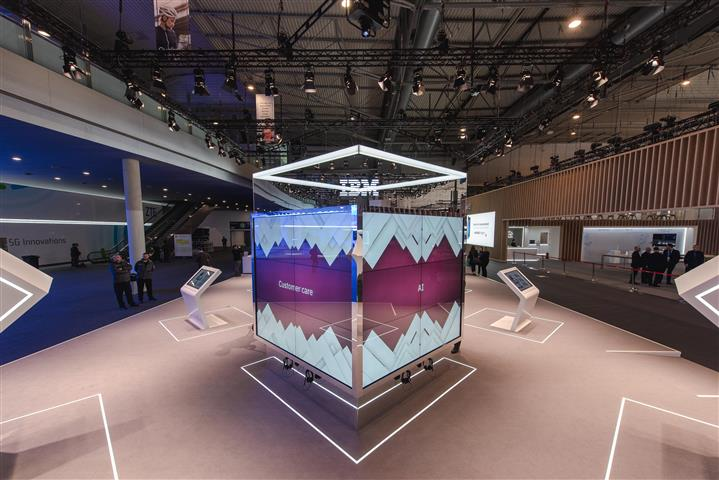IBM-MobileWorldCongress-3 (Small).jpg